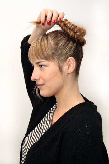 braid-twist-hairstyles-fishtail-bun-4