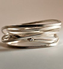 Heidi-Hess-Lightly-Bound-Ring_Poppy-Metals-LOCAL_165