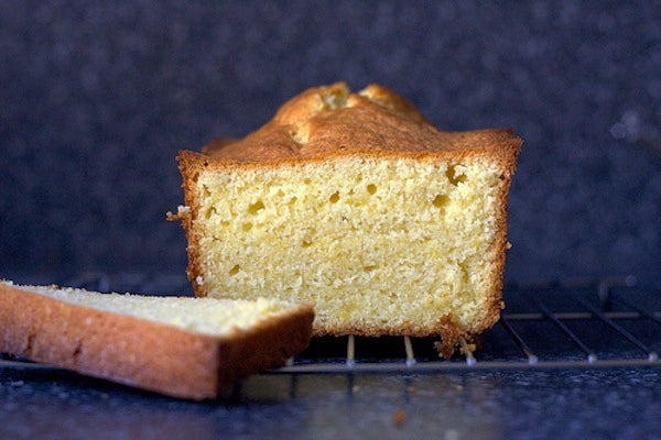 lighter-airy-pound-cake