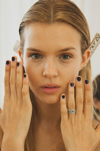 2012-nail-art-trends-two-tone