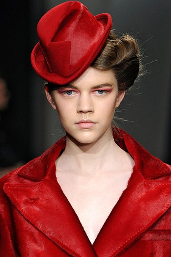 fashion-week-fall-2012-beauty-trends-donna-karan