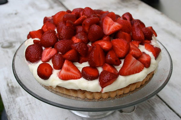 TartsByTarts_Strawberry-Cream-Tart