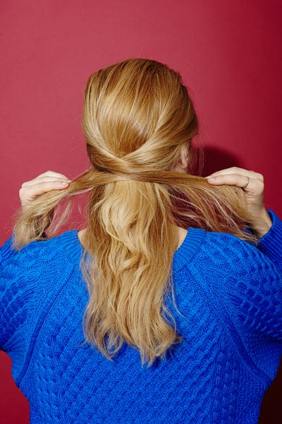 28_HairTwist01_117