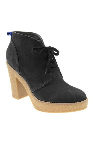 gap-leatherlaceupbooties-89