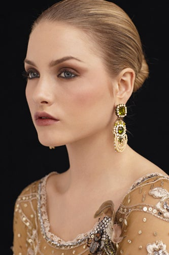 Stay Fresh and Beautiful on your Winter Wedding with these Wedding Makeup Tips