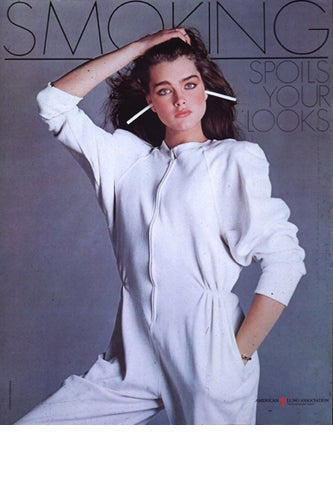 brooke-shields-smoking
