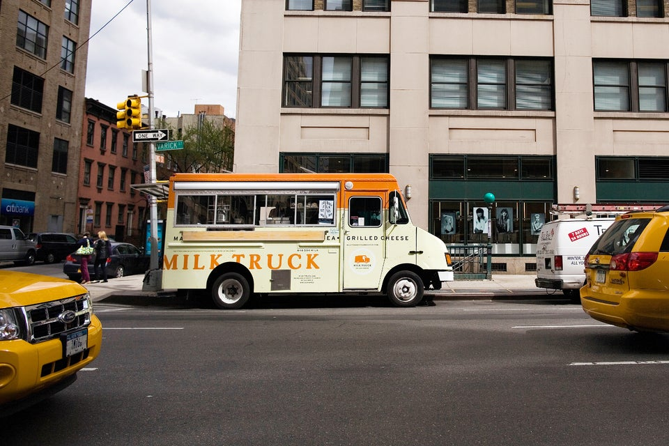 10_FoodTrucks_MilkTruck_Bug12
