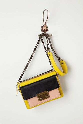 Beracamy-Abrial-Shoulder-Bag_Anthro_368