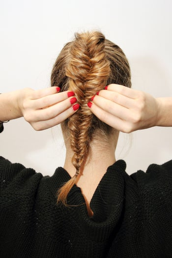 braid-twist-hairstyles-fishtail-bun-3