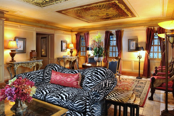 Signature-Suite(Versace's-Bedroom)