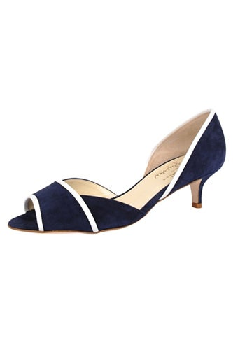 pointe-in-navy