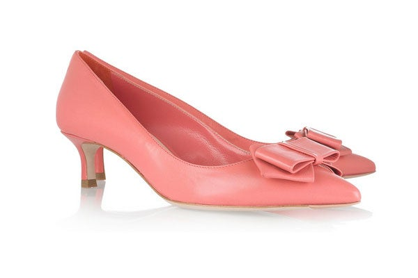 NetPorter-MiuMiu-Bow-Pumps-585-Slide