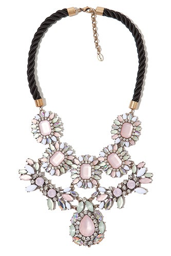 zara-necklace-39.99