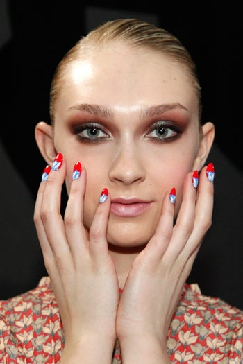 fashion-week-fall-2012-nails-rachel-antoff-flowers