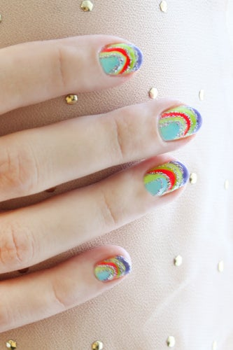 lisa-frank-nail-art-unicorn-4