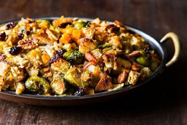 How To Veganize Thanksgiving (Sans Tofurkey)