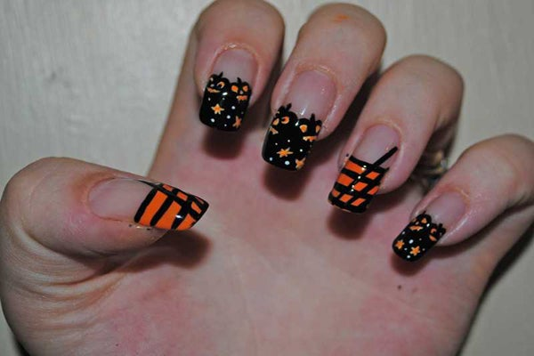365-days-nail-art-Amanda-Savacool