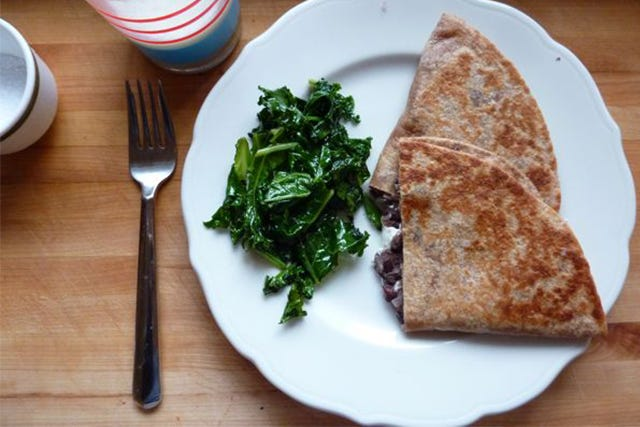 A Veggie Quesadilla Even Meat-Devotees Love