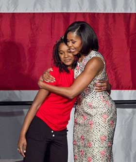 Michelle-Obama-in-Balenciaga_NY-Magmain