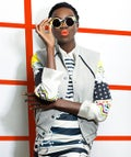 bright-makeup-opener
