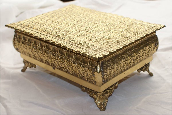 Vintage Brass footed Jewlery Box - stovers wholesale - $29.99