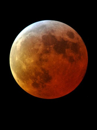 Your Horoscope For Today's Full-Moon Lunar Eclipse, Courtesy Of Susan Miller!