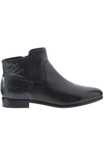 Chelsea-Boot-Market_Rebecca-Minkoff-Refine_Piperlime_325