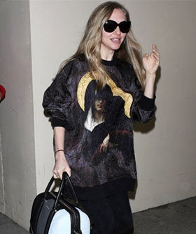 Amanda-Seyfried-In-Givenchy-LAX-280