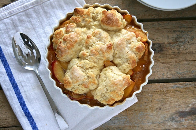 peach-ginger-cobbler